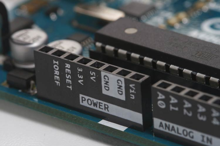 How to Choose the Right Microcontroller for Your Embedded Project