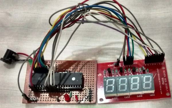 4-digit-7-segment-display-module-with-pic-microcontroller