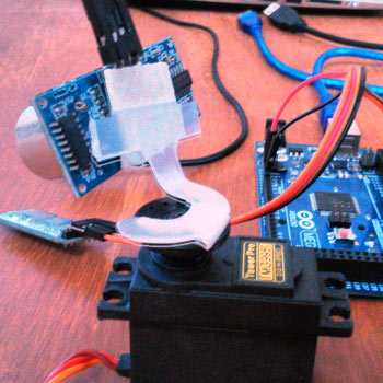Arduino-Radar-system-mounting-Ultrasonic-sensor-over-servo