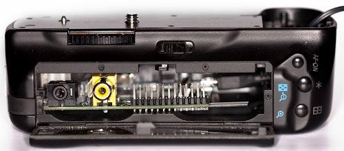 Raspberry pi in DSLR Camera battery grip 1