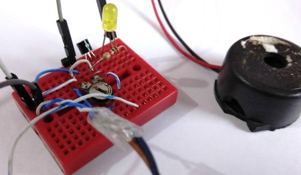 Electrosmog Sniffer Circuit Schematic Diagram