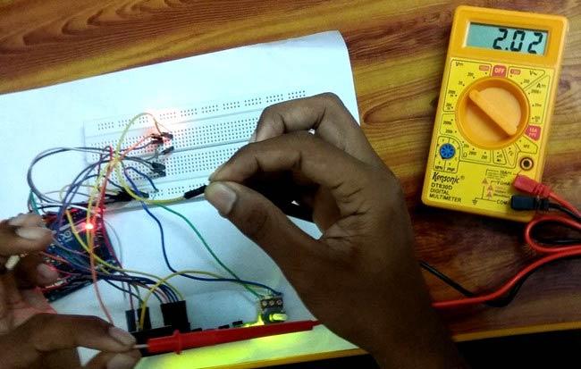 arduino based digital ammeter testing