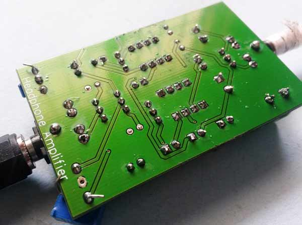 Headphone Audio Amplifier Circuit on PCB using LM386