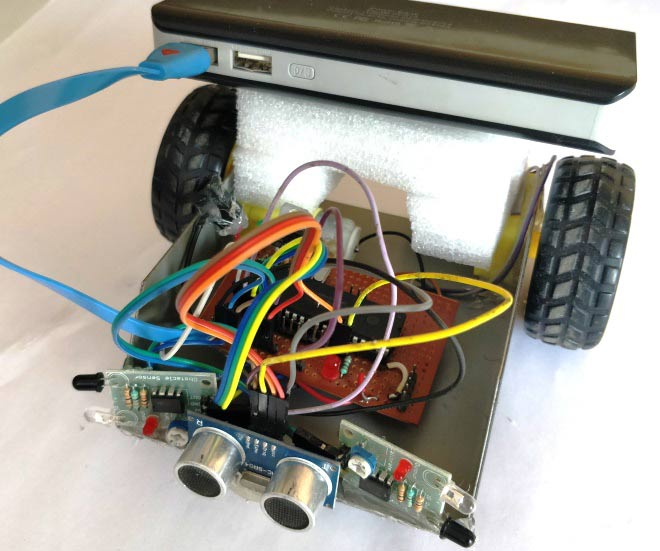 obstacle avoider robot using PIC16F877A microcontroller