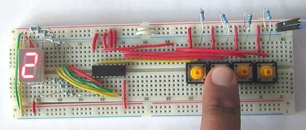 7 segment display driver circuit in action