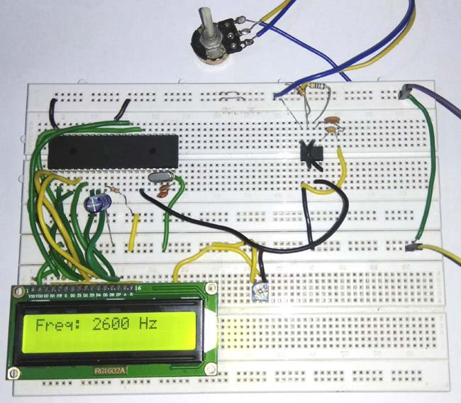 8051 Microcontroller based Frequency Counter in action