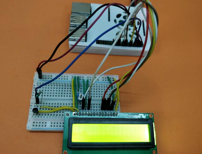Circuit Hardware for Interfacing DS18B20 Temperature Sensor with Raspberry Pi
