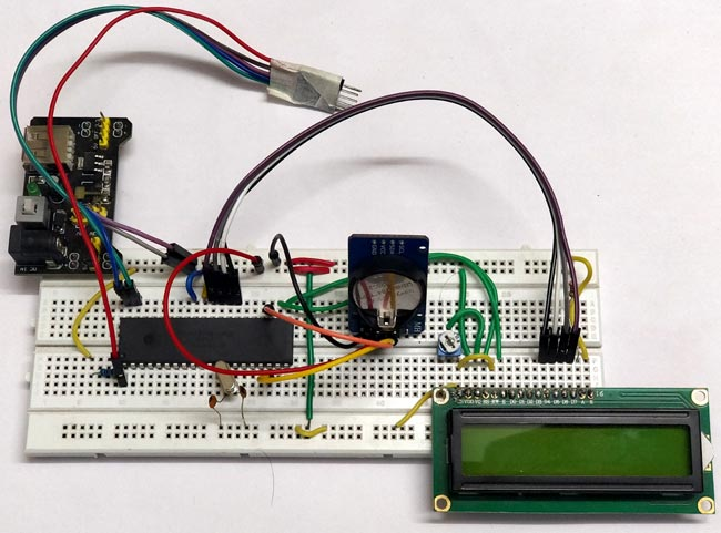 Interfacing hardware of RTC Module (DS3231) with PIC microcontroller