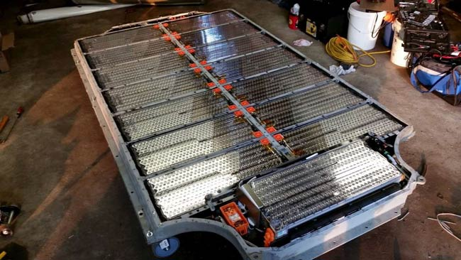 Lithium ion battery setup in chassis of car