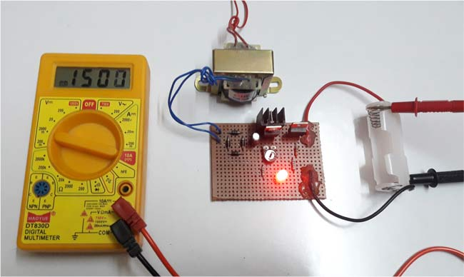 Ni-Cd Battery Charger Circuit in action