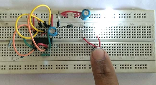 Simple LED Torch Circuit using 4049 IC working