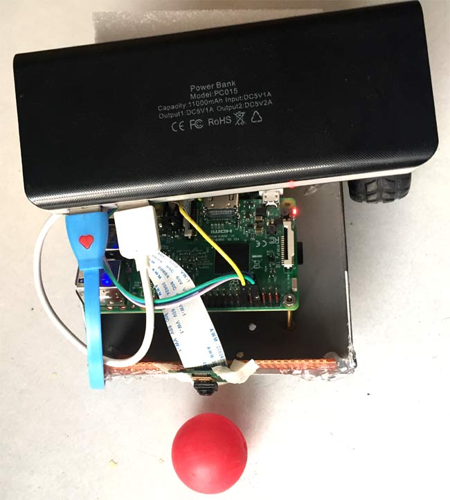 working of Raspberry-Pi Ball Follower Robot using processing
