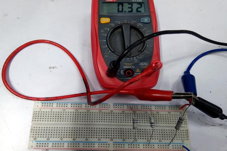 Current Divider Circuit Testing