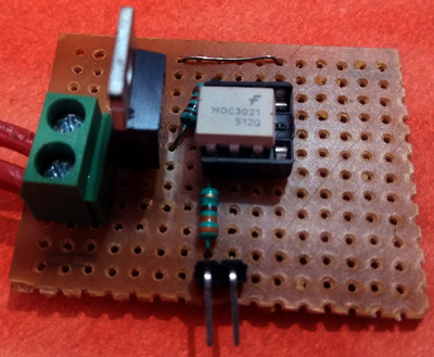 TRIAC and Optocoupler on Perfboard