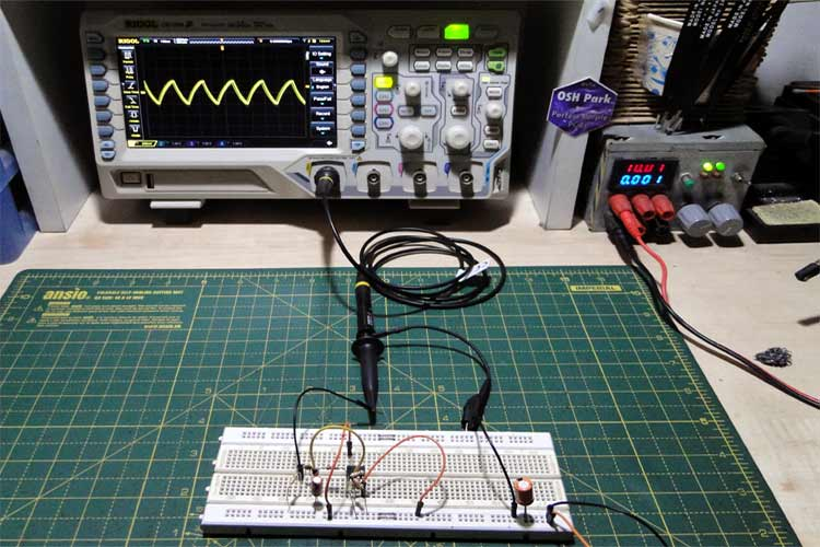 Triangle Wave Generator Circuit Working
