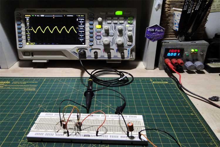 Triangle Wave Generator Circuit