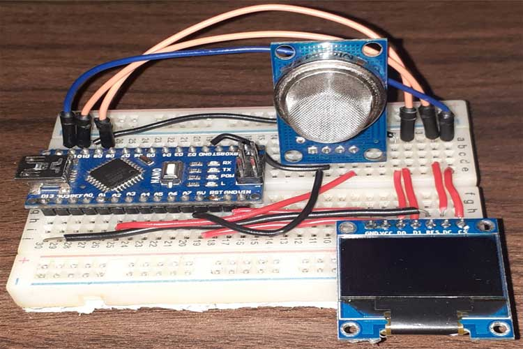 MQ-135 Gas Sensor with Arduino
