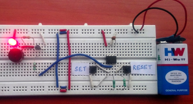 working of panic alarm circuit using 555 timer IC