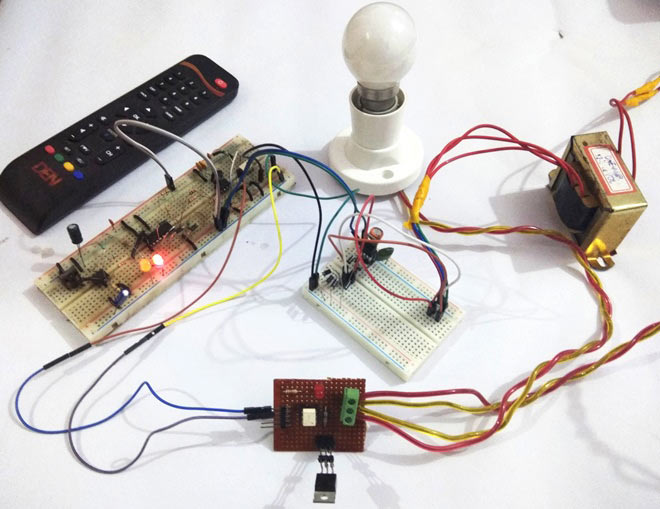 IR Remote Controlled TRIAC AC Light Dimmer Circuit