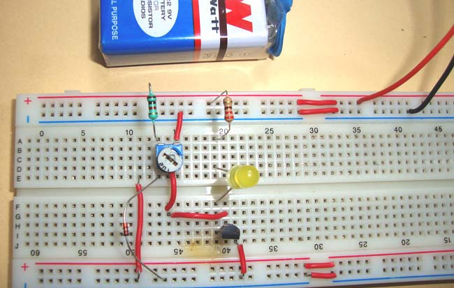 Simple Heat Sensor or Temperature Sensor Circuit