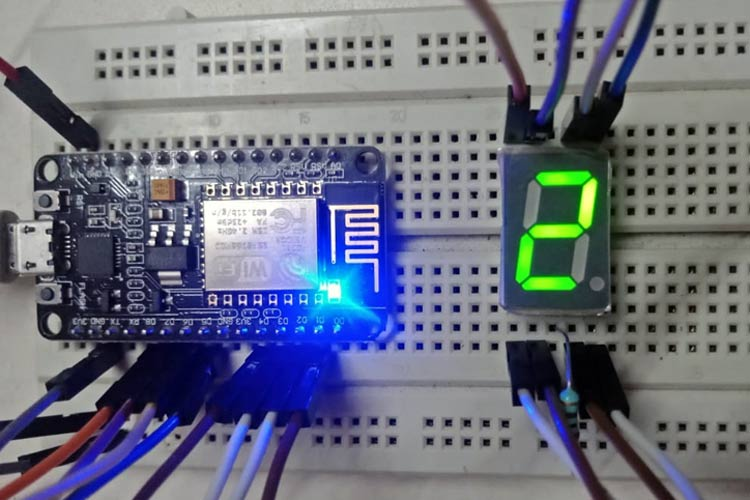 Interfacing ESP8266 with Seven Segment Display