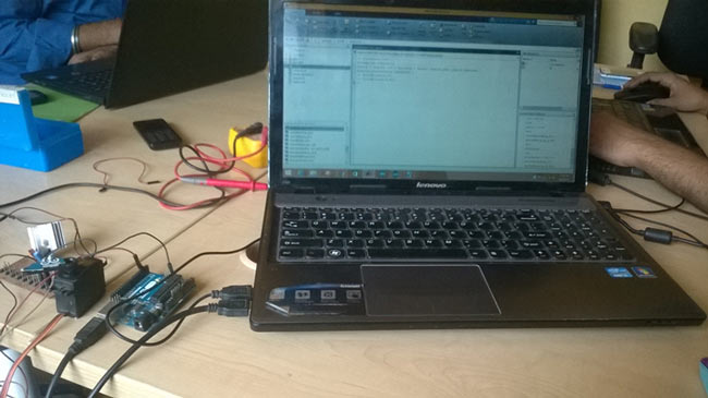 Servo Motor Control using Arduino with MATLAB