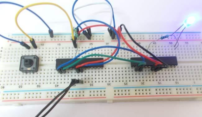 UART Communication Between Two ATmega8 Microcontrollers