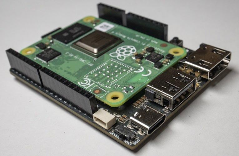 Piunora Raspberry Pi Compute Module 4