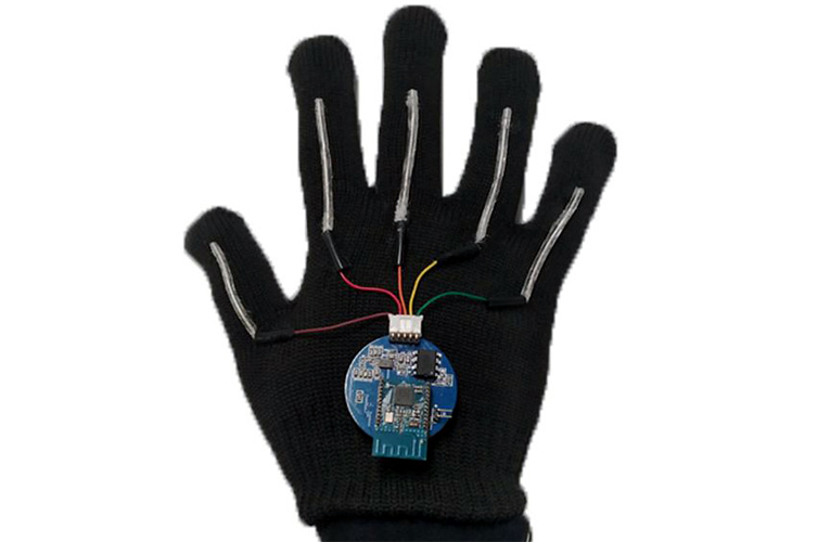 Wearable Glove with Stretchable Sensors can Translate Sign Language into Speech in Real-Time