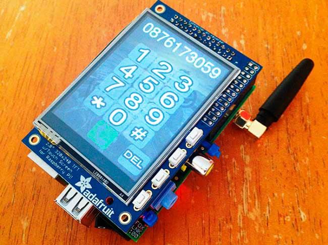 DIY Raspberry Pi Phone