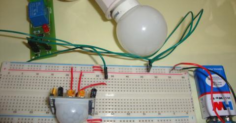Automatic Room Lights using PIR Sensor and Relay