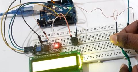 Buzz Wire Game with an Arduino