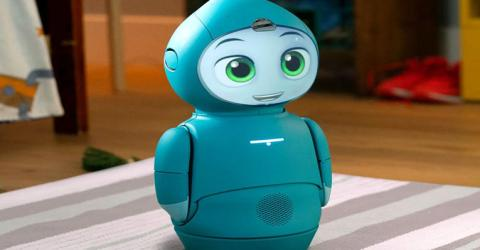 Moxie – A Social Robot with Artificial Intelligence