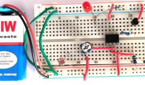 Light Detector Circuit using Wheatstone Bridge