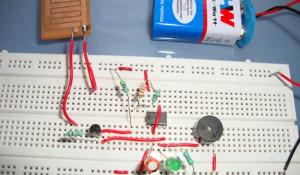 Rain Alarm Project using IC 555