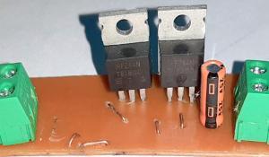 Reverse Polarity Protection Circuit using RT1720