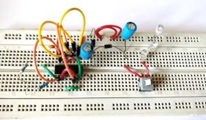 Simple LED Torch Circuit using 4049 IC