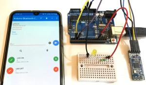 How to use HM-10 BLE Module with Arduino to control an LED using Android App