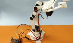 Record and Play 3D Printed Robotic Arm using Arduino